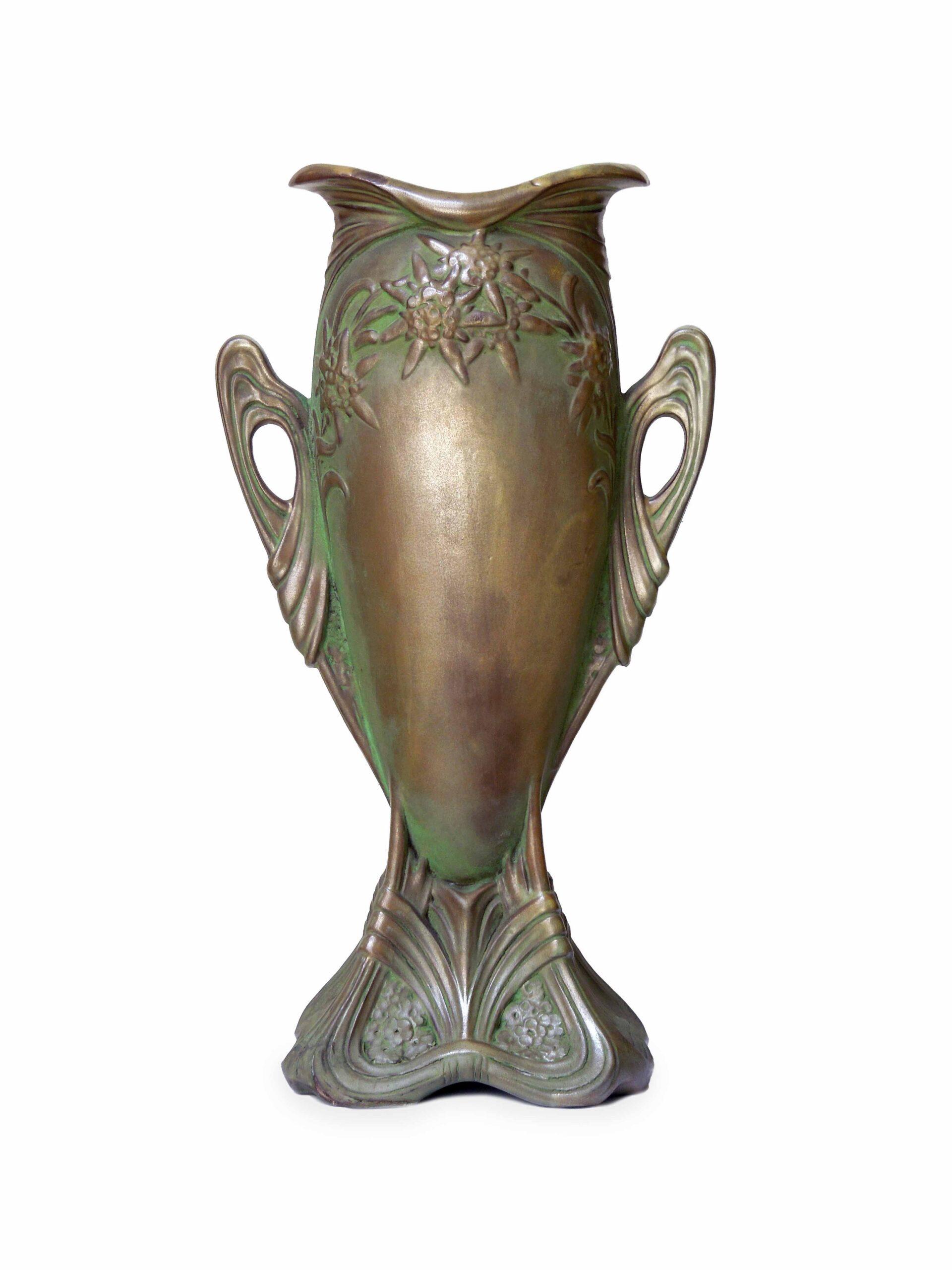 Secesní keramická váza
