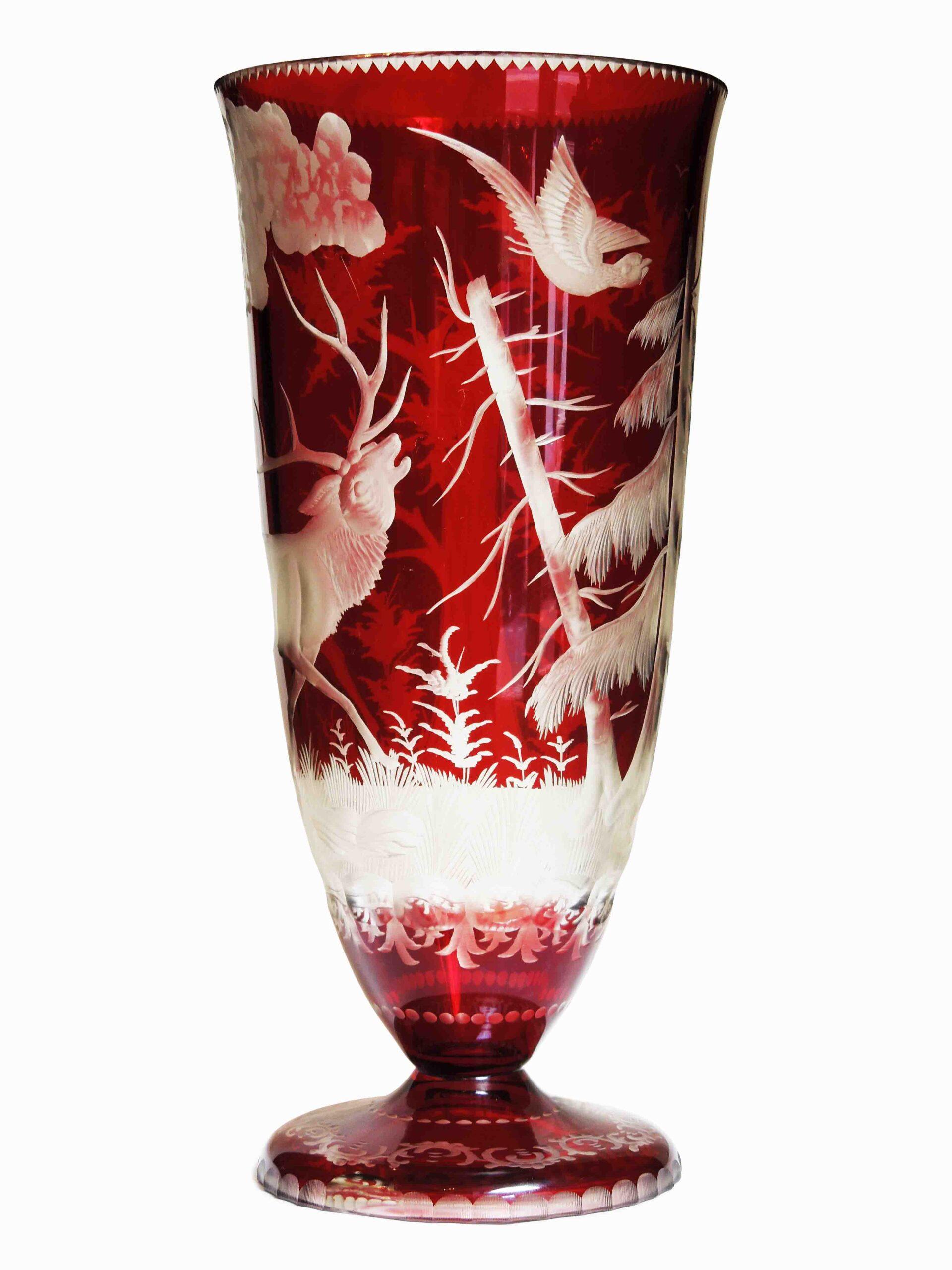 Váza Jelen